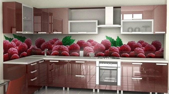 Яркий рисунок на фартуке станет прекрасным украшением любой кухни