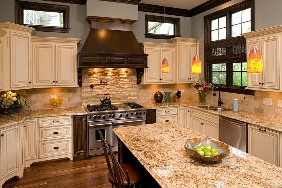 Фартук из натурального камня добавит кухне изысканный и благородный вид