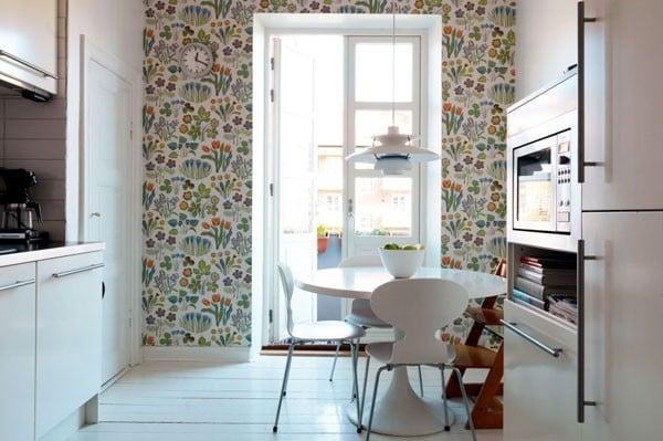 Оформление кухни должно быть не только красивым, и вместе с тем выполнено из качественных материалов