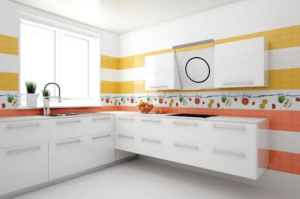 Красивый и стильный интерьер кухни гарантируют готовые коллекции плитки от производителей