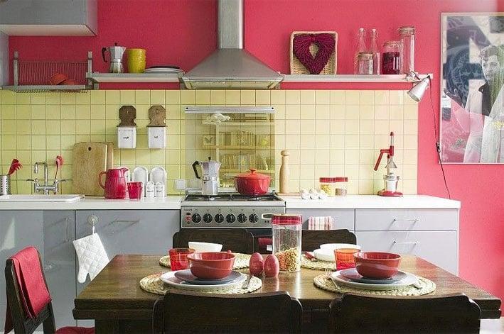 Акриловая краска - яркий интерьер и простота ухода