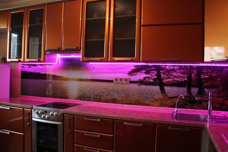 Возможность фотопечати позволит украсить кухню любимой фотографией или пейзажем