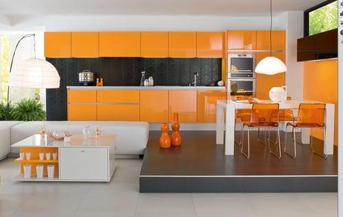 Кухня на возвышенности особенно хорошо будет смотреться в квартире-студии