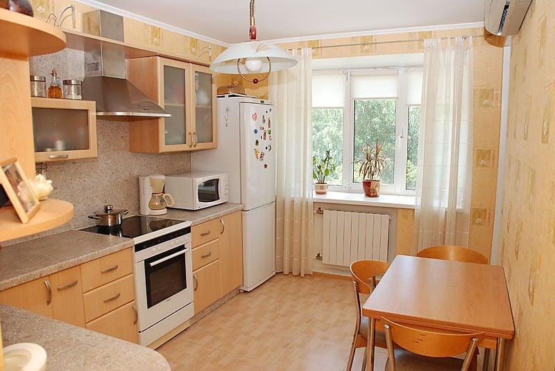 Средняя кухня дизайн фото.