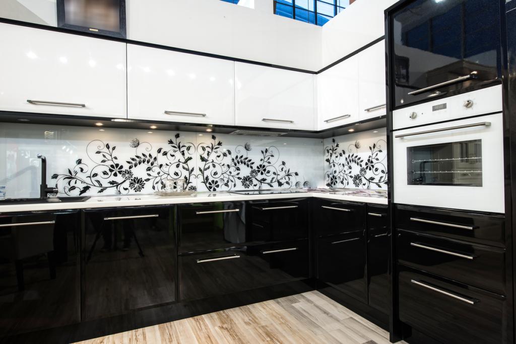 Кухня 13 квадратных метров: идеи дизайна в различных планировках