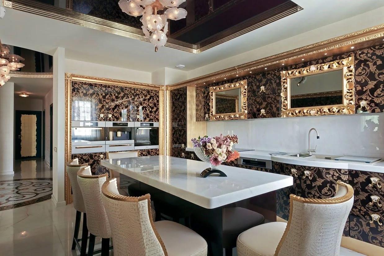 Зеркала над кухонным гарнитуром характеризуют основу стиля Ар-деко