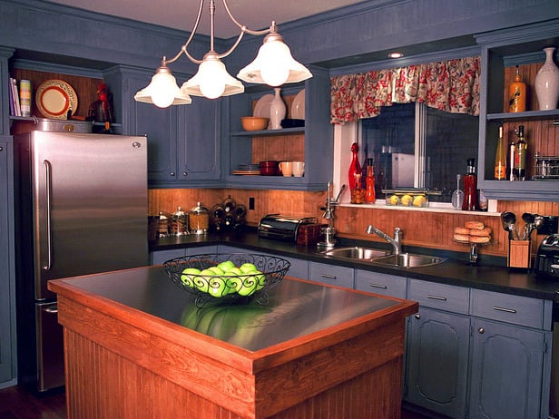 Вариант оформления кухни в загородном доме