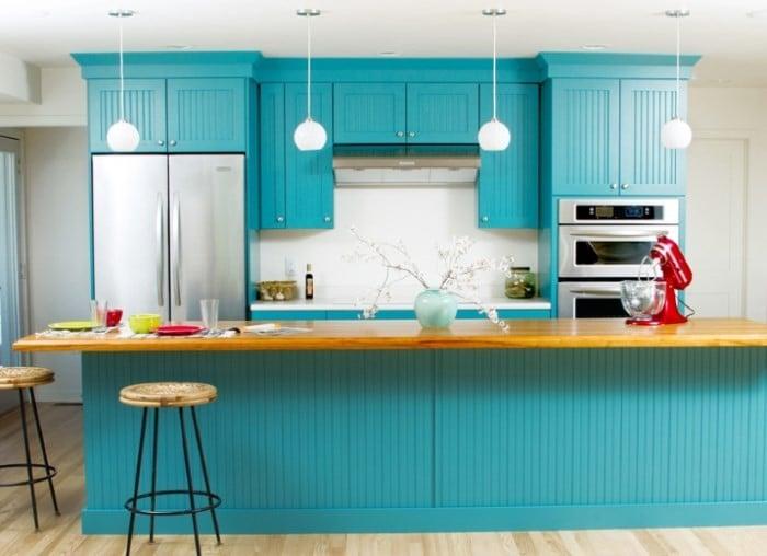 Кухонный гарнитур бирюзового цвета это модная тенденция современного дизайна