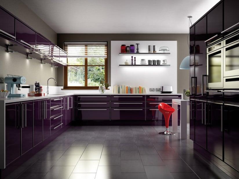 Самое главное правило при работе с фиолетовым цветом в интерьере это то что им нельзя перегружать помещение