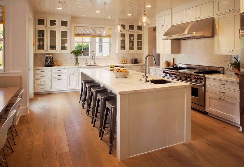 Кухни в домах с островами фото