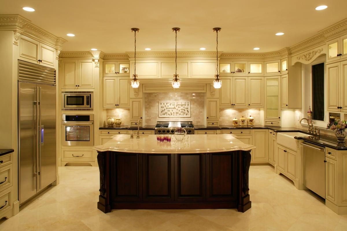Дизайн кухни работ