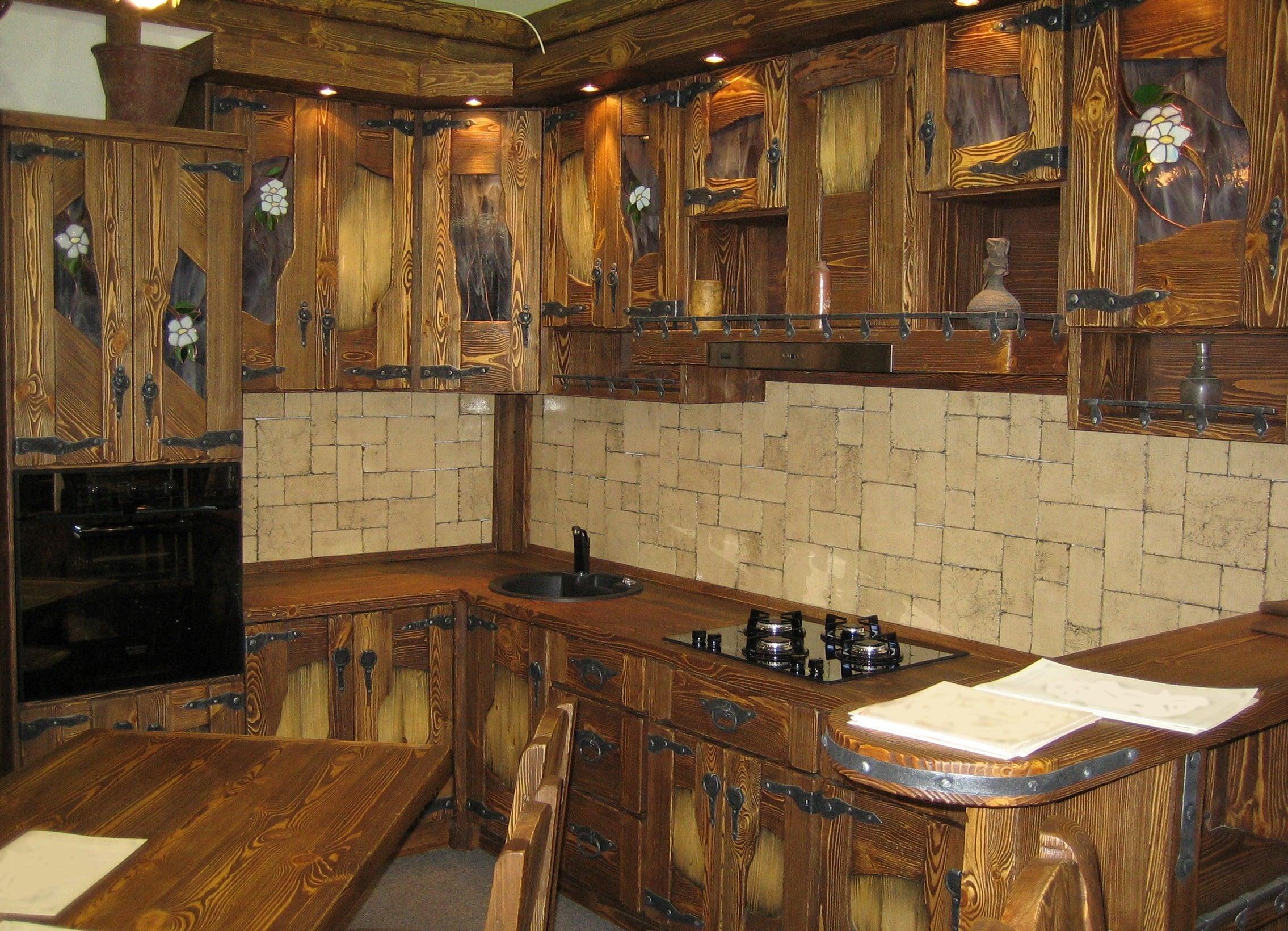 Кухня из состаренного дерева своими руками