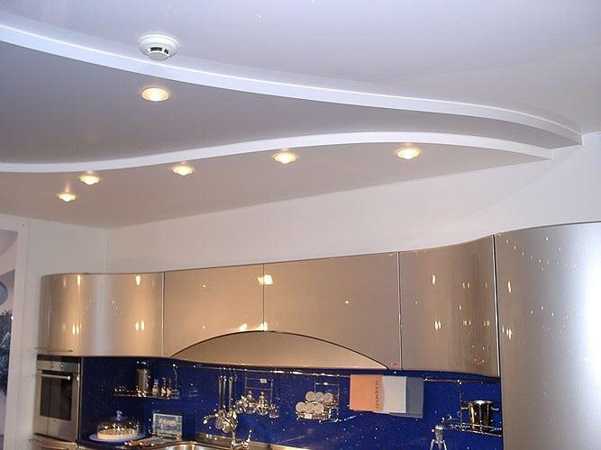 Конструкции потолков различны и делаются конкретно под особенности вашей кухни