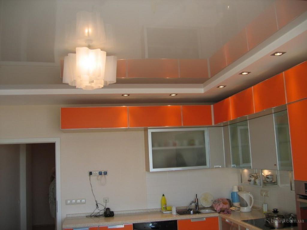 Такой потолок легко моется водой с мылом или любыми другими средствами кроме абразивных