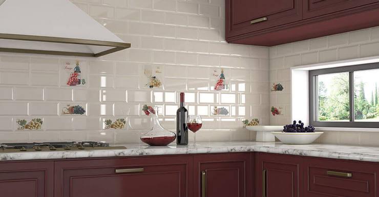Выбирая материал, стоит помнить, что глянцевая поверхность легче поддается чистке и уходу