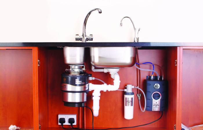 Розетки на кухне - где расположить и как правильно подключить