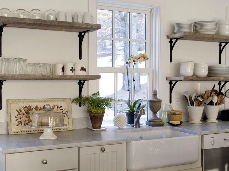 Кухонные полочки должны сочетаться с интерьером