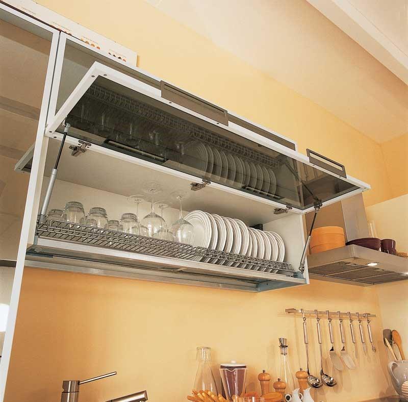 Длина решетки под сушку выбирается из нескольких стандартных размеров, корпус секции проектируется специально под нее