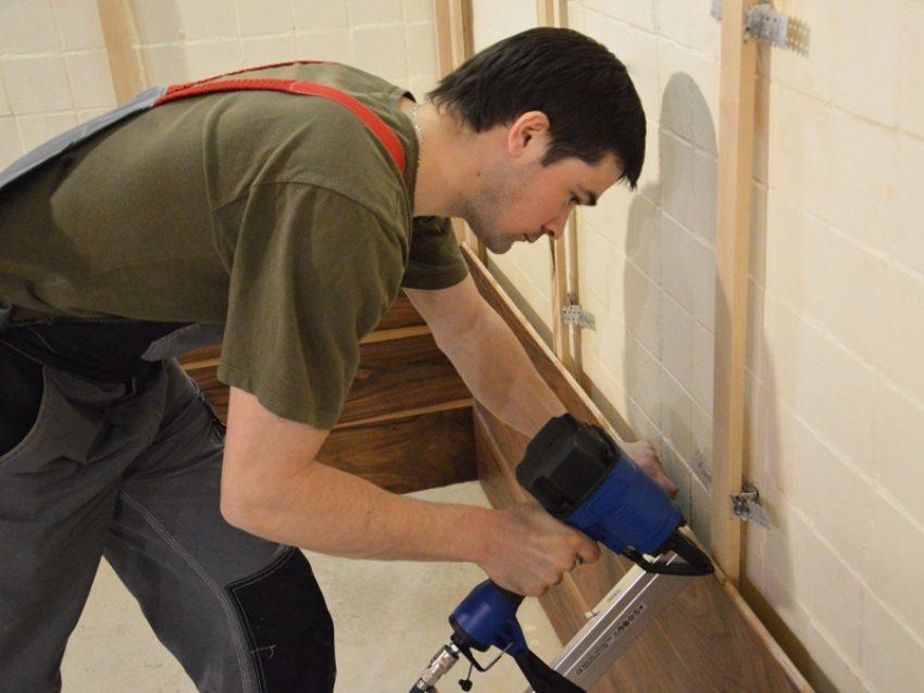 Крепление панелей на деревянную обрешетку