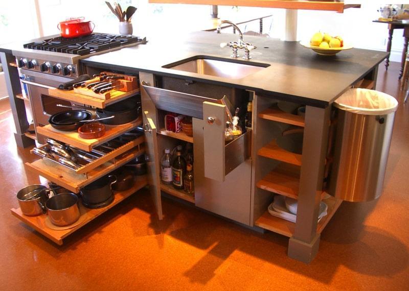 Встроенные ниши под кухонную утварь