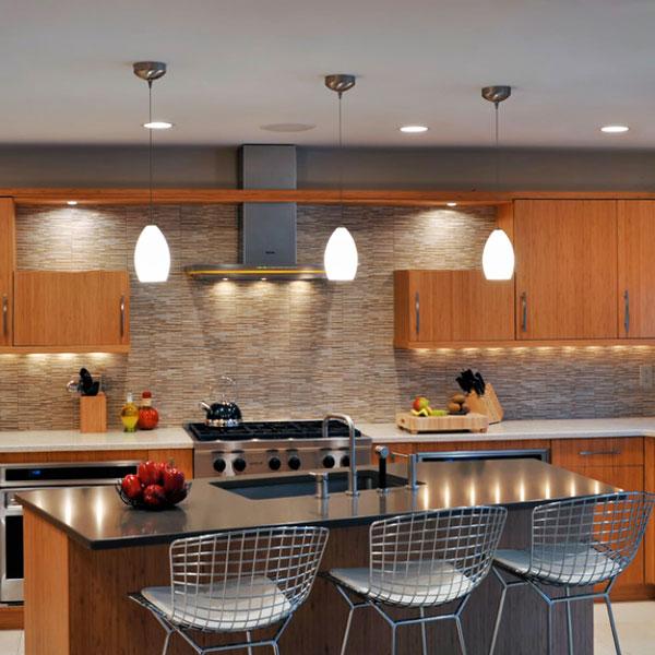 Отдельная подсветка на кухне