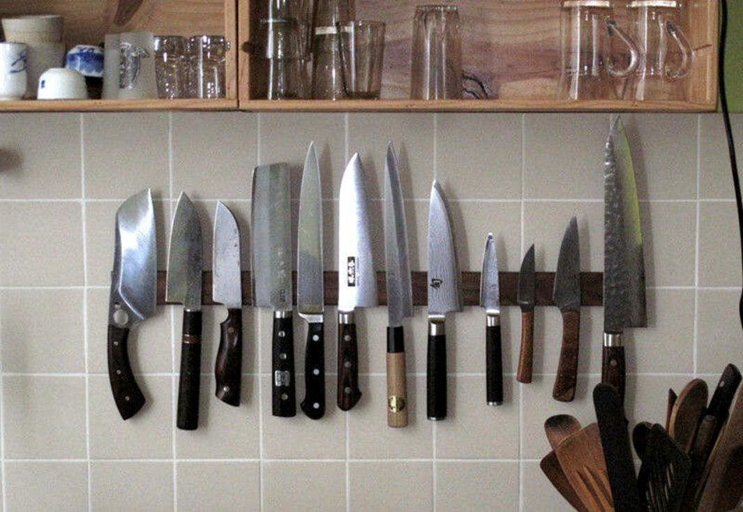 Магнитная панель для хранения ножей