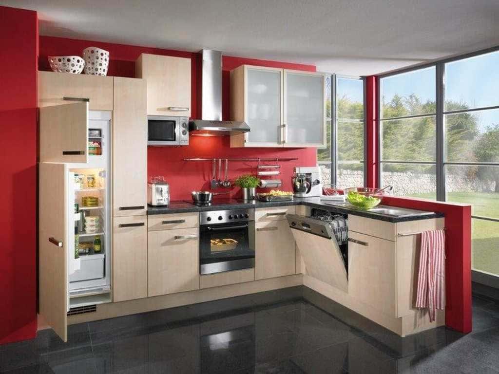 Встроенный холодильник на кухне - 6 вариантов размещения
