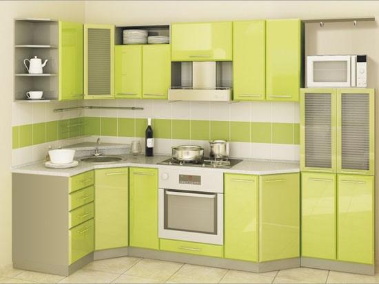 Маленькая угловая модель мойки, встроенная на малоразмерной кухне.
