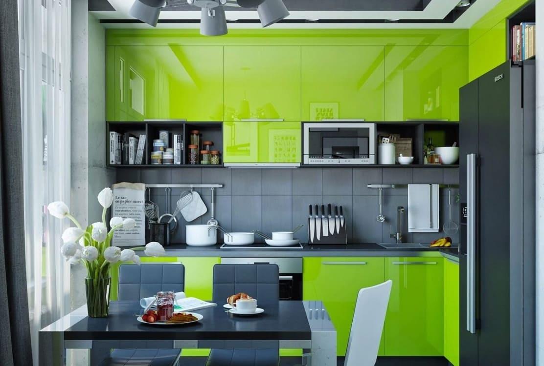 Сочетание зеленого и серого на кухне