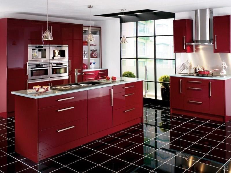 Дизайн кухни бордового цвета - сочетание его в интерьере