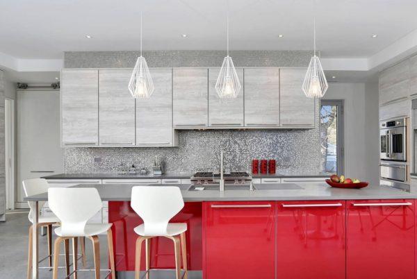 Дизайн красной кухни: какой кухонный гарнитур выбрать матовый или глянцевый