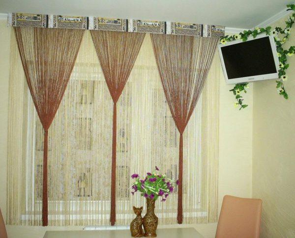 Какие нитяные шторы использовать в интерьере кухни - идеи оформления