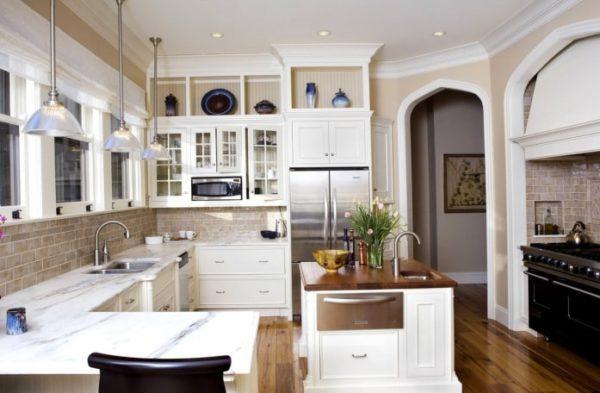 Без двери с аркой полезная площадь кухни увеличивается
