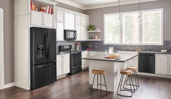 Размещение холодильника на кухне с островом