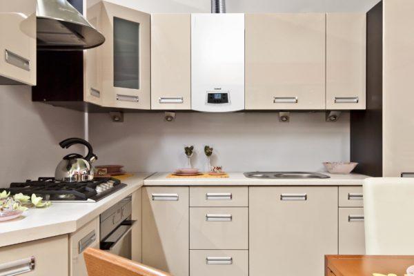 Кухня с газовым котлом - варианты планировок и размещения индивидуального отопления