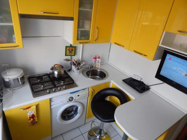 Мини-барная стойка для небольшой кухни