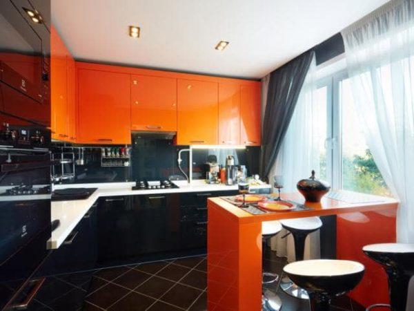Дизайн штор для оранжевой кухни - как гармонично оформить интерьер