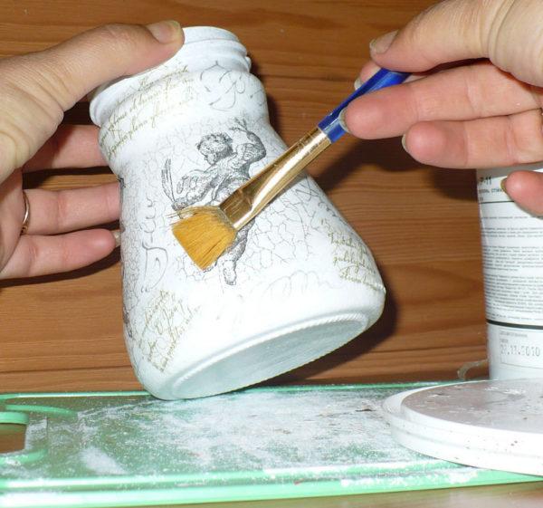 Как украсить банку - варианты декорирования своими руками