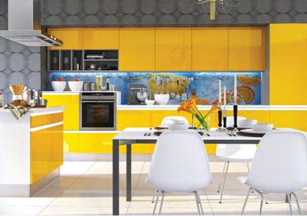 Дизайн кухни с серыми обоями - оформление дизайна и подбор гарнитура