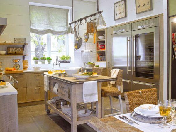 Шторы на кухню в деревенском стиле -  как сшить своими руками