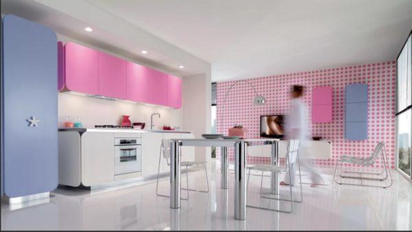 Дизайн кухни в розовых тонах - удачные сочетания и варианты оформления