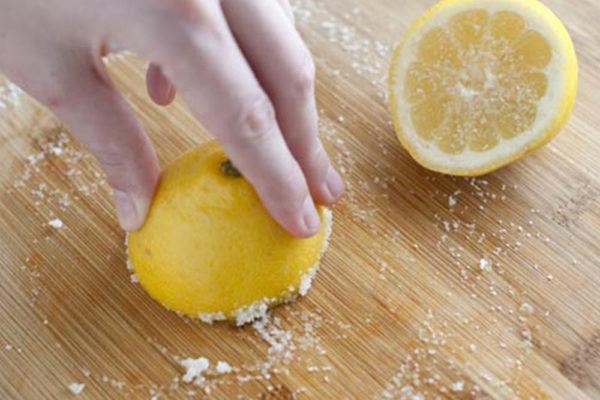 Как отмыть кухню от жира на шкафах и каким средством воспользоваться