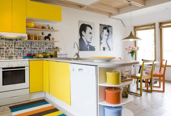 Дизайн и интерьер яркой кухни - варианты оформления в разных цветах