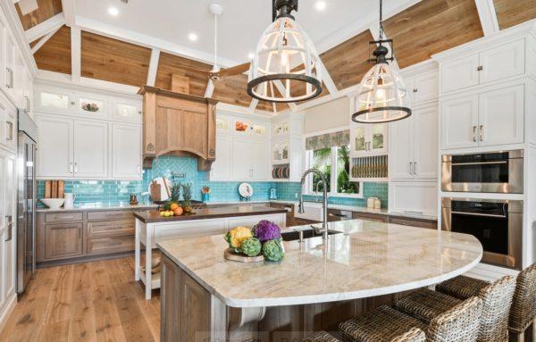Кухня в бирюзовом цвете - идеи в интерьере и сочетание цветов
