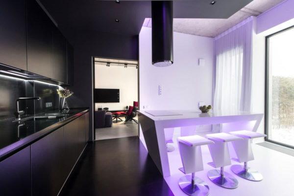 Кухня в сиреневом цвете - гармоничный дизайн и уютный интерьр