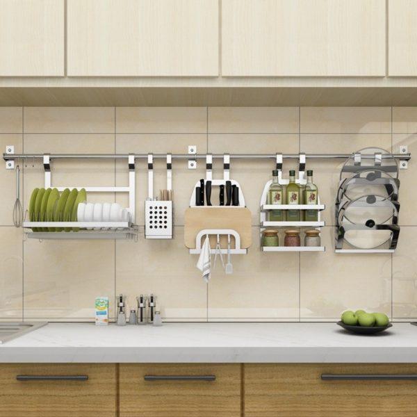 Что такое рейлинг и варианты его размещение в интерьере кухни