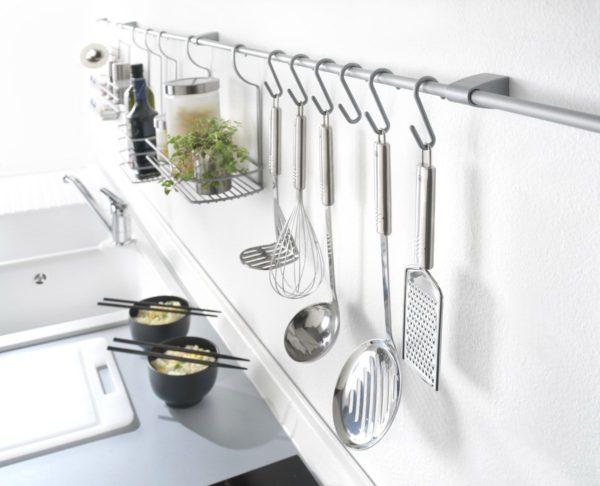 Как правильно установить рейлинги на кухне своими руками
