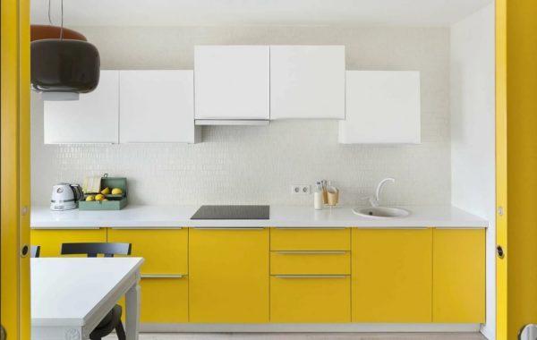Дизайн кухни в желтых тонах - сочетание в интерьере